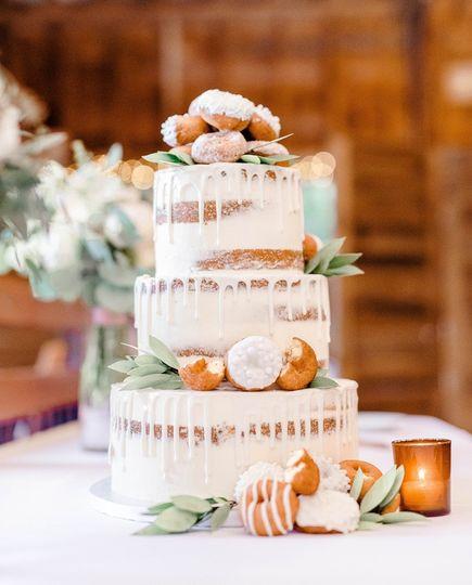 donut wedding cake 51 938345 157923101336322