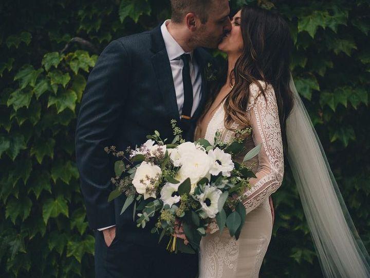 Tmx 1517590323 Cce20a0119a46218 1517590322 B4318c0f1881519b 1517590320977 12 26168266 83656564 Lake Geneva, WI wedding florist