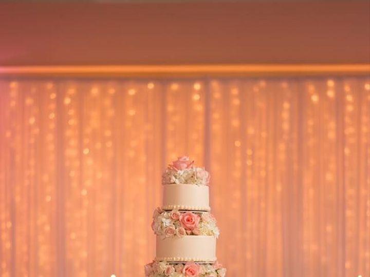 Tmx 1517590932 C327b258a4568915 1517590930 E84ff52c5b102200 1517590930004 19 15965176 66083631 Lake Geneva, WI wedding florist