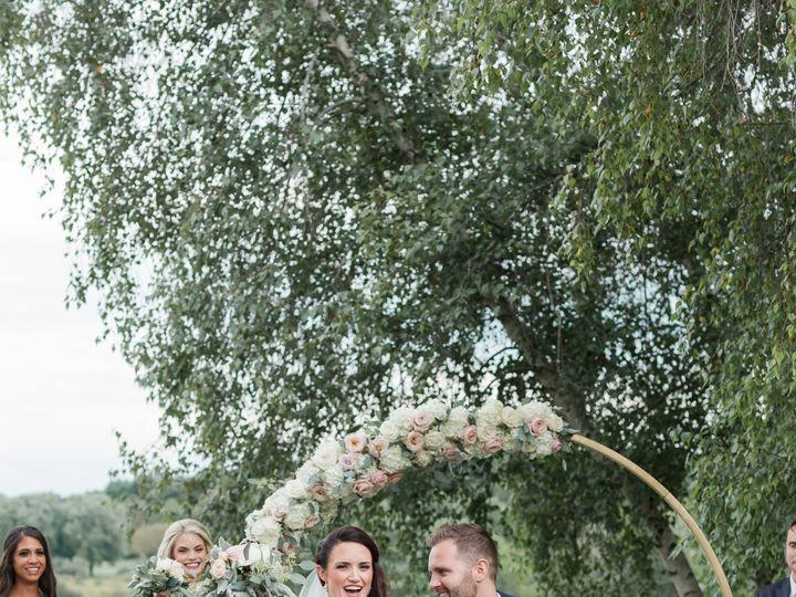 Tmx Be5a8055 51 137445 1571759514 Lake Geneva, WI wedding florist