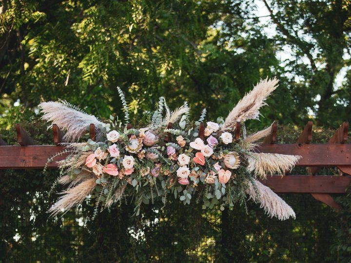 Tmx Danielle And Dj 189 51 137445 1571759371 Lake Geneva, WI wedding florist