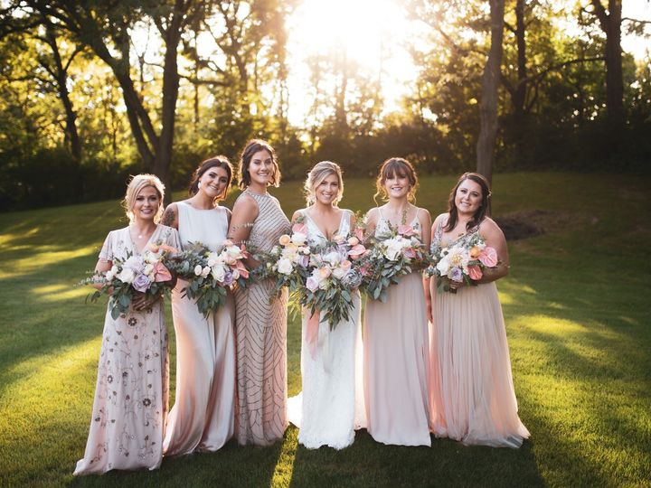 Tmx Danielle And Dj 316 51 137445 1571759329 Lake Geneva, WI wedding florist
