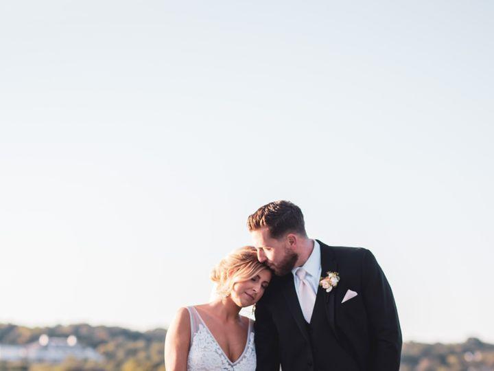 Tmx Danielle And Dj 382 51 137445 1571759351 Lake Geneva, WI wedding florist