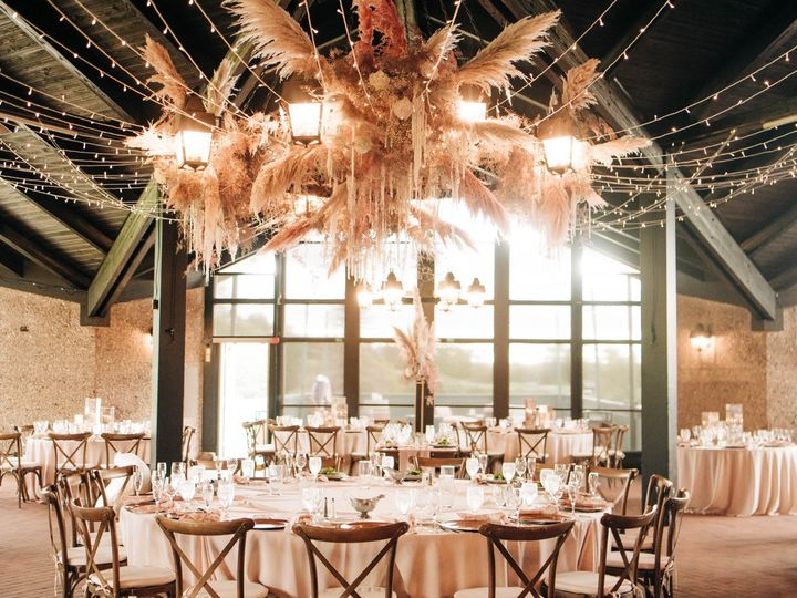 Tmx Dsc 3218 51 137445 1571759748 Lake Geneva, WI wedding florist