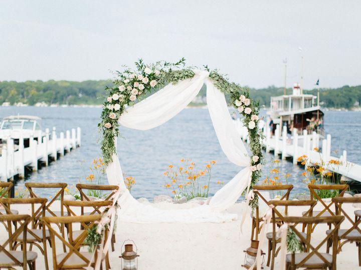 Tmx Gagestyledwedding2019 178 51 137445 1571757787 Lake Geneva, WI wedding florist