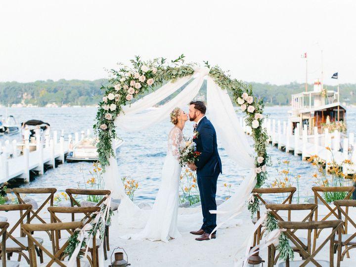 Tmx Gagestyledwedding2019 263 51 137445 1571757867 Lake Geneva, WI wedding florist
