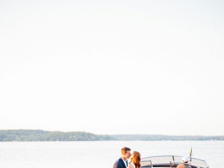 Tmx Kristinalorrainephotographywibride2018 162 51 137445 1571757448 Lake Geneva, WI wedding florist