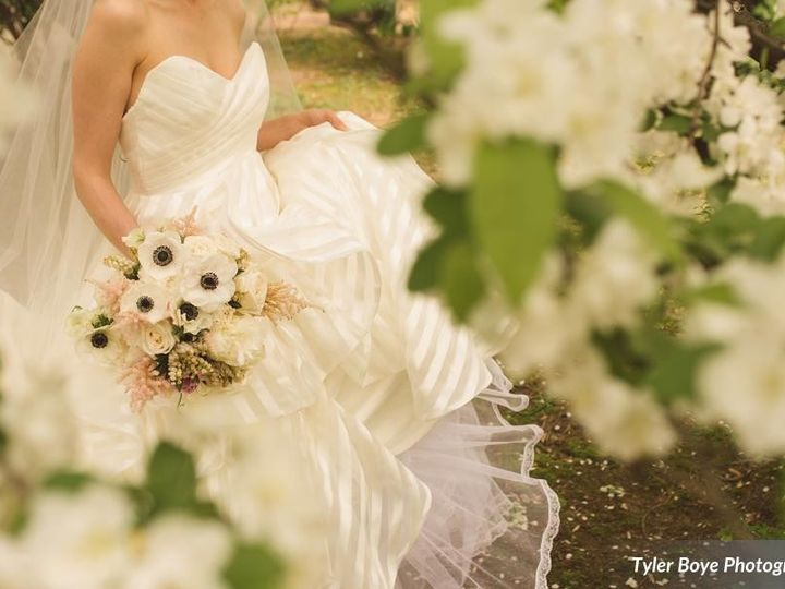 Tmx 1486593589816 Whittakeroktylerboyephotographyd4s8669low Philadelphia, Pennsylvania wedding florist