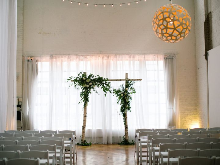Tmx 1486647509941 Wedding 160709 Laurenkyle 445 Philadelphia, Pennsylvania wedding florist