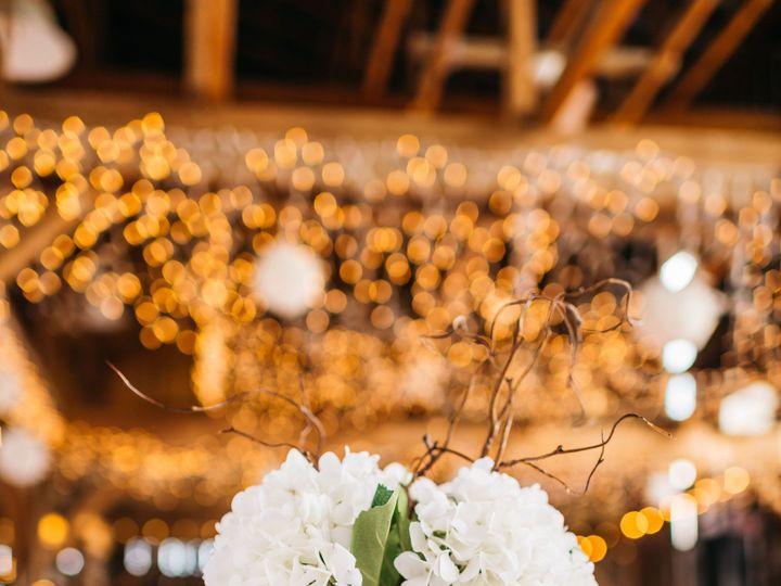 Tmx Bobbiaaronwfinal 757 51 1087445 157997103195645 Milwaukee, WI wedding florist