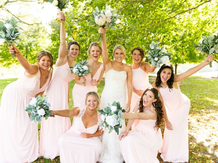 Tmx Img 8691 51 1087445 157997120991764 Cincinnati, OH wedding florist