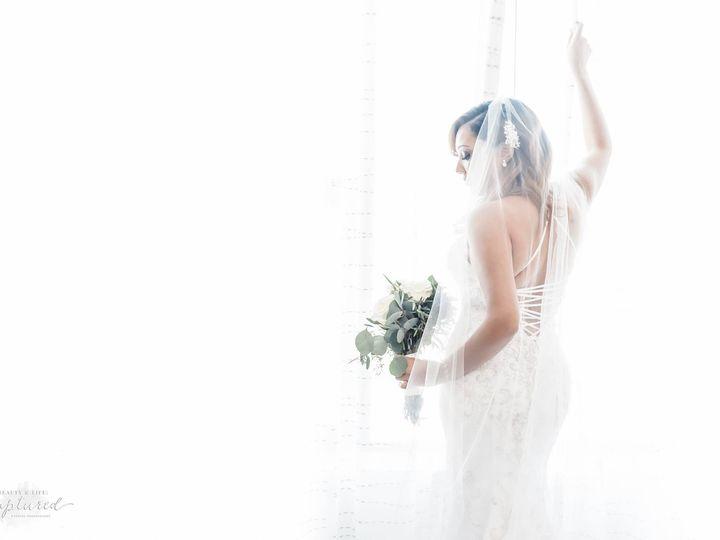 Tmx 53392918 2564409103574028 1008634285910917120 O1 51 1019445 Windsor, CT wedding planner