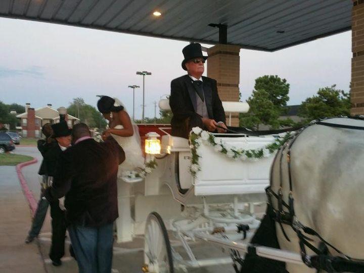 Tmx 1441313396196 Part143970080990020150815201007 Humble wedding transportation