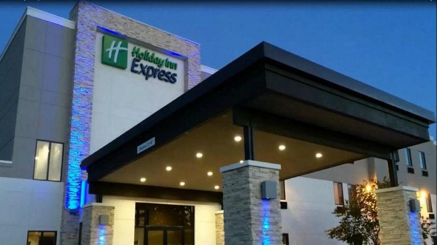 holiday inn express trinity