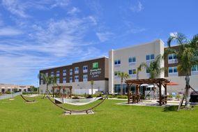 Holiday Inn Express Trinity
