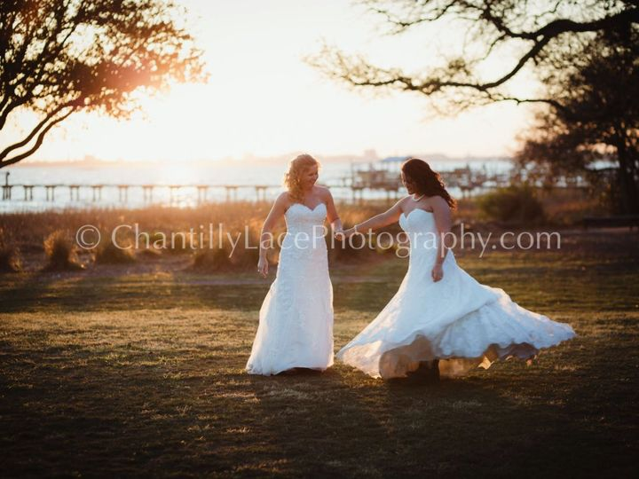 Tmx Screen Shot 2019 05 15 At 9 55 21 Pm 51 643545 1558743235 Charleston wedding photography