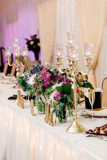 Head table decor - Kelly Laramore Photography