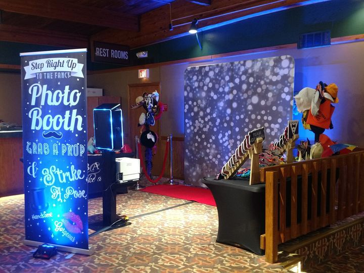 Opn-air photo booth