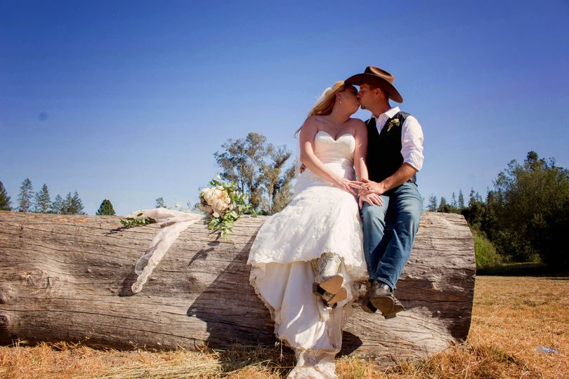 Country/Outdoor Wedding