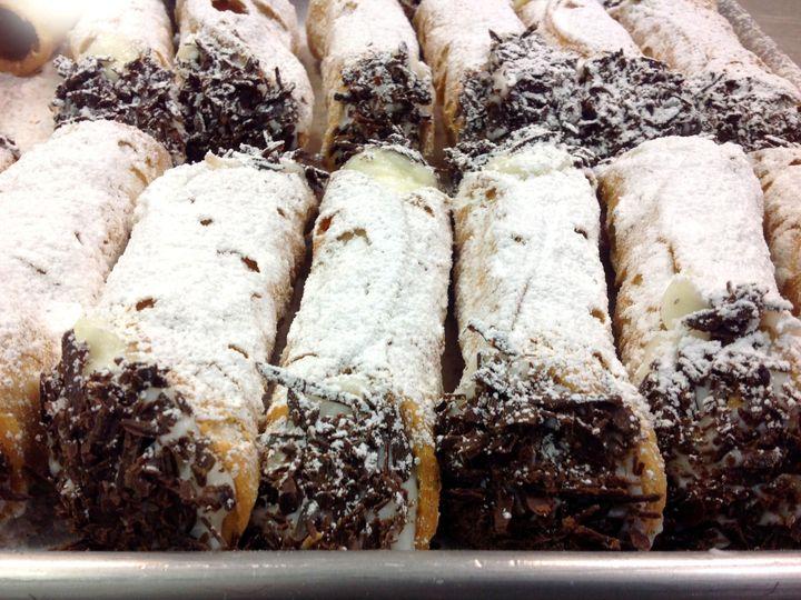 Tmx Cannoli 51 377545 Saint Charles wedding cake