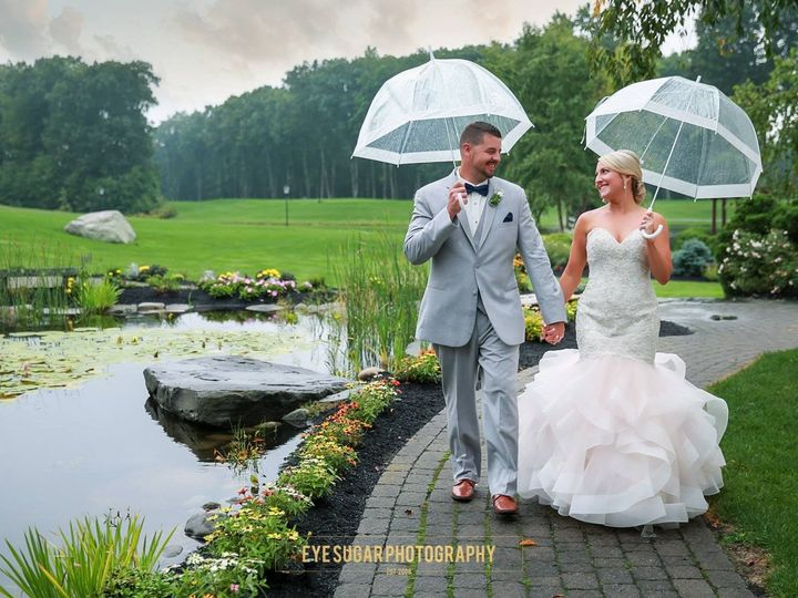 Tmx 1508598517 582ff3fcb9f1267a 1505758764497 Ginter Cameron Wedding 1 Atkinson, NH wedding venue