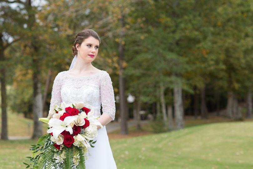 Bridal portrait - photo by blush wood studios