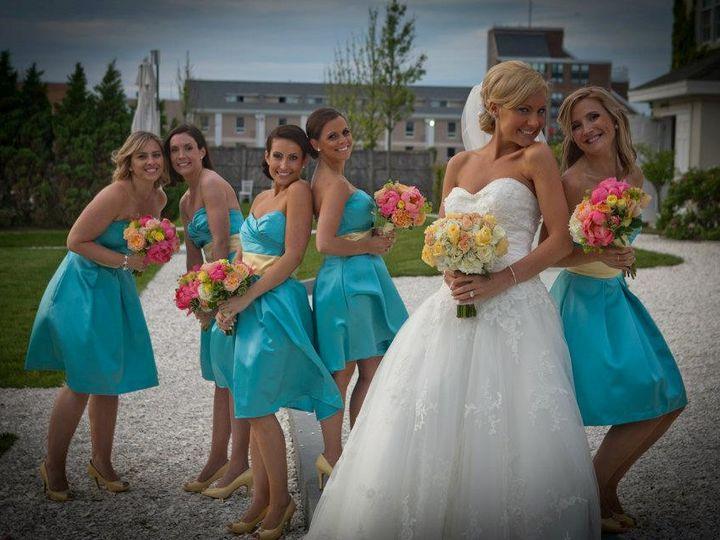 Tmx 1488919280624 250714101513046246976631819053408n Wakefield, RI wedding florist