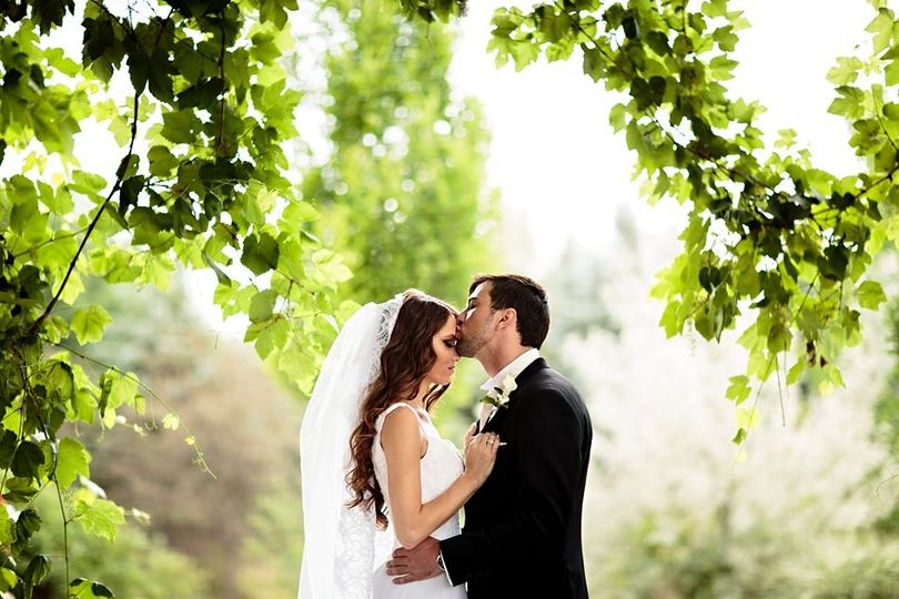 324d2f24b65be3ac 1528087652 b33564d92b312c0f 1528087650848 1 8 Outdoor Wedding