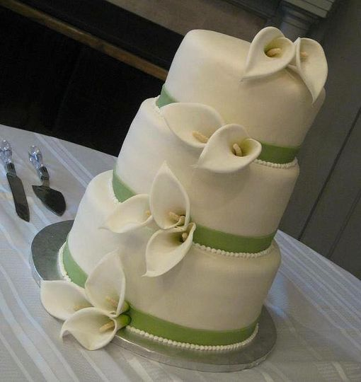 White and green cake