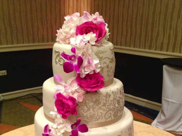 Tmx 1382538846768 Photo42 Gainesville wedding cake
