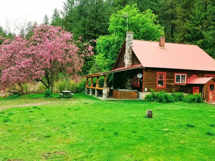 Tmx Main Cabin 51 1968645 158873232539428 Spokane, WA wedding venue