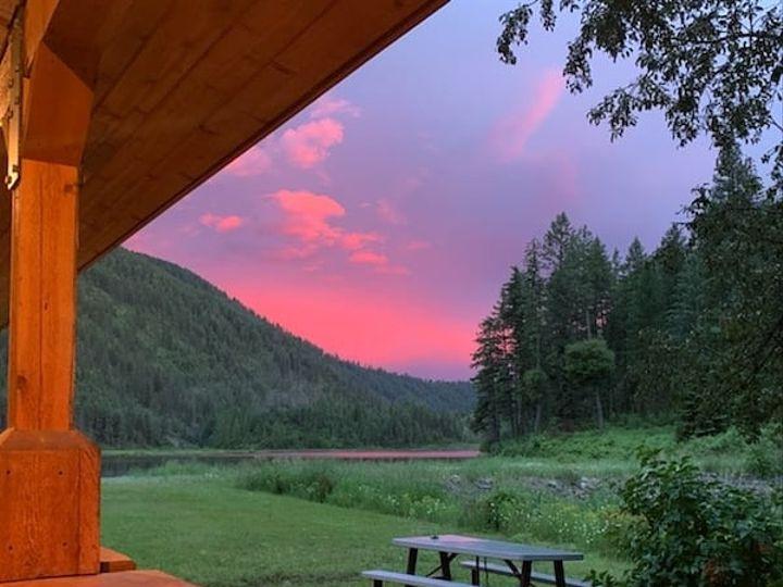 Tmx Pink Sky 51 1968645 159942656128764 Spokane, WA wedding venue