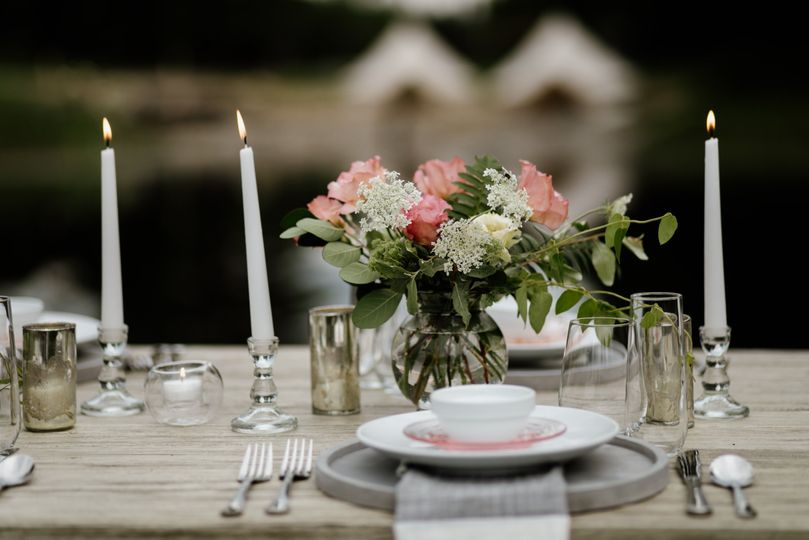 Dinner on the Pond