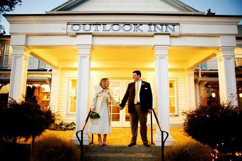 Outlook Inn and New Leaf Cafe on Orcas Island