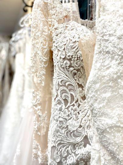 dress close up 51 163745 161367378552118