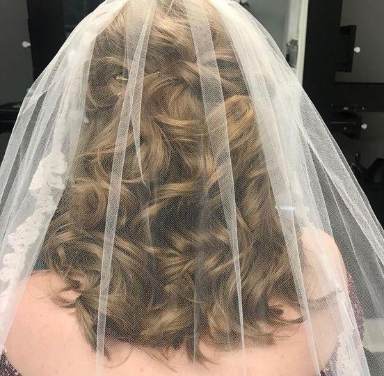 Loose Bridal Style