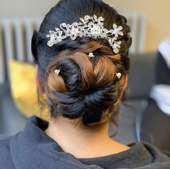 A hairpiece for a dash of glam