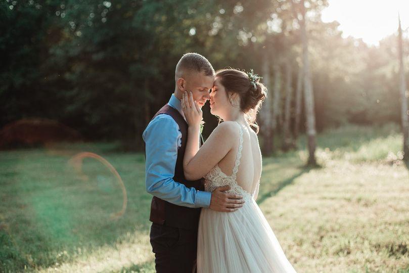 ts newlyweds 30 2 51 1066745 1560878393