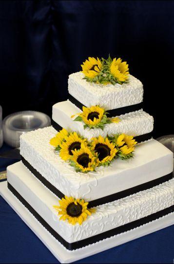 Confectionary Disasters LLC - Wedding Cake - Topeka, KS - WeddingWire