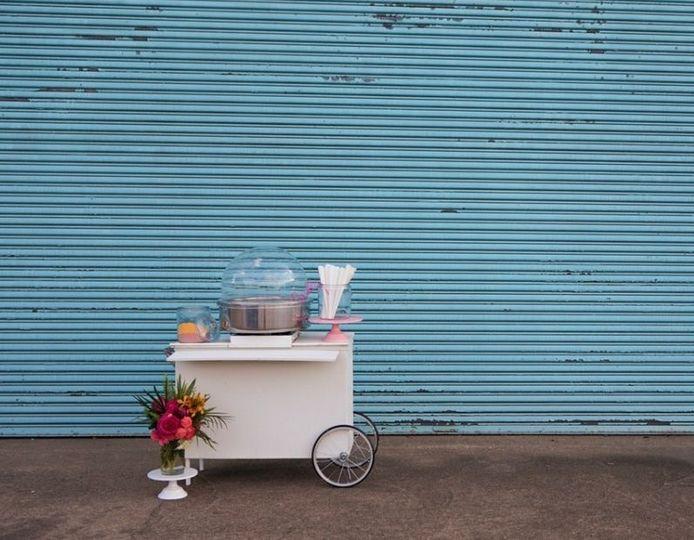 Cotton candy cart setup