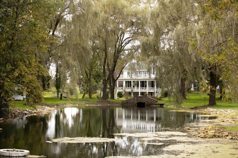Mansion pond