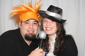 Captured Memories Fine Photography, Photo Booth & DJ Services