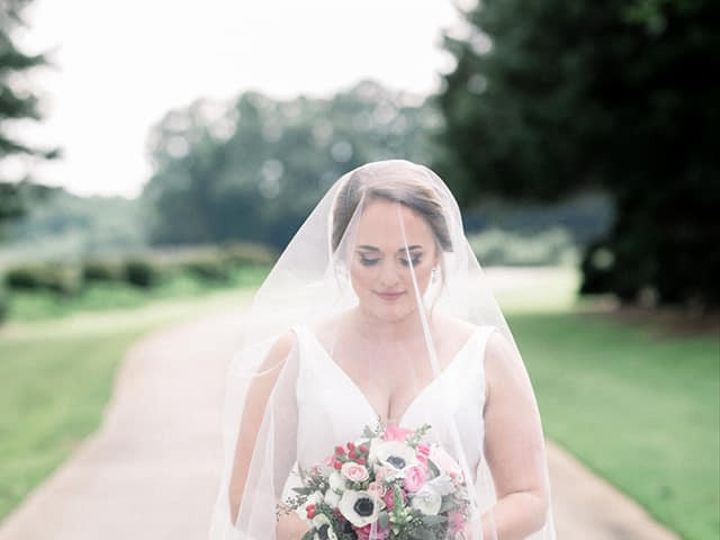 Tmx Alyssa With Veil And Flowers Kds 51 932845 1564876310 Newnan, Georgia wedding venue