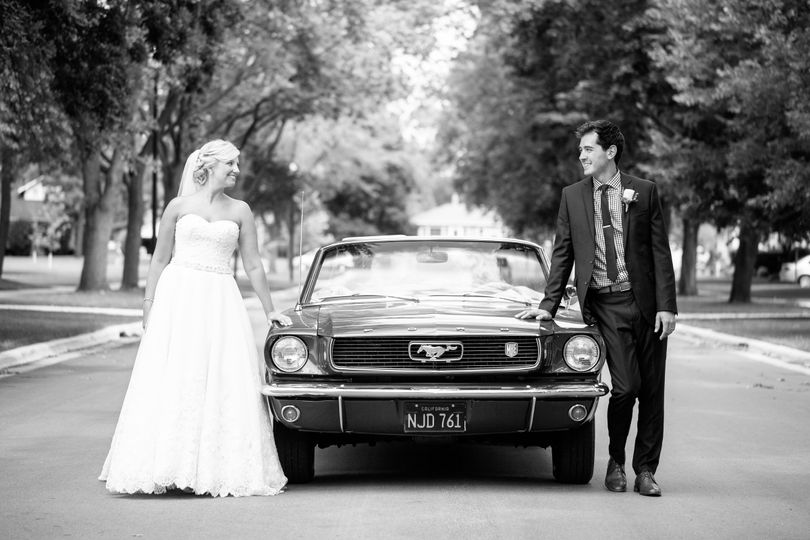 brideandgroom037bw