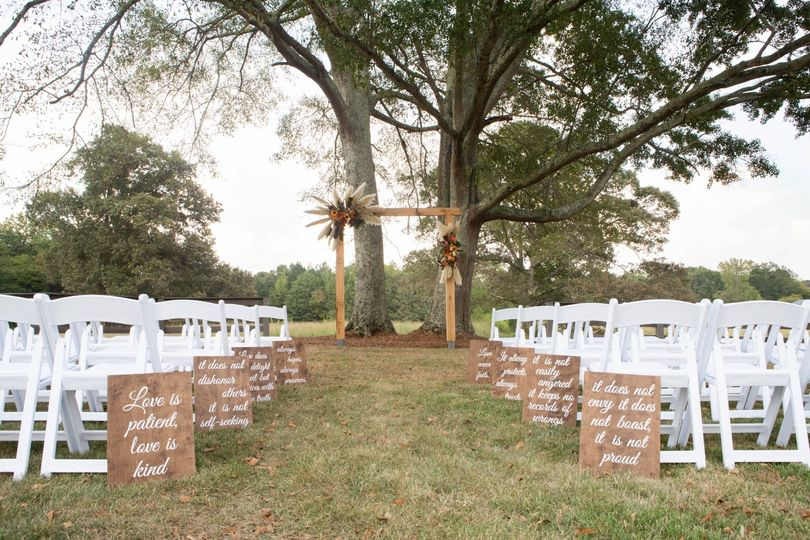 Twin Oaks Ceremony Site