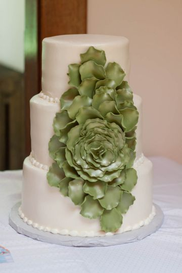 green flower wedding pr