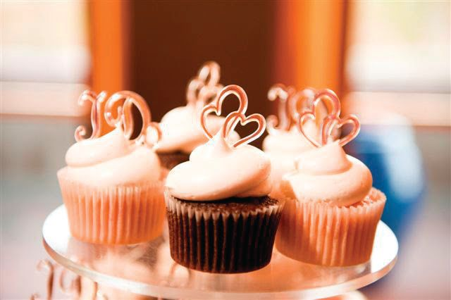 Tmx 1449567346113 Wedding Cupcakes Littleton, Colorado wedding cake