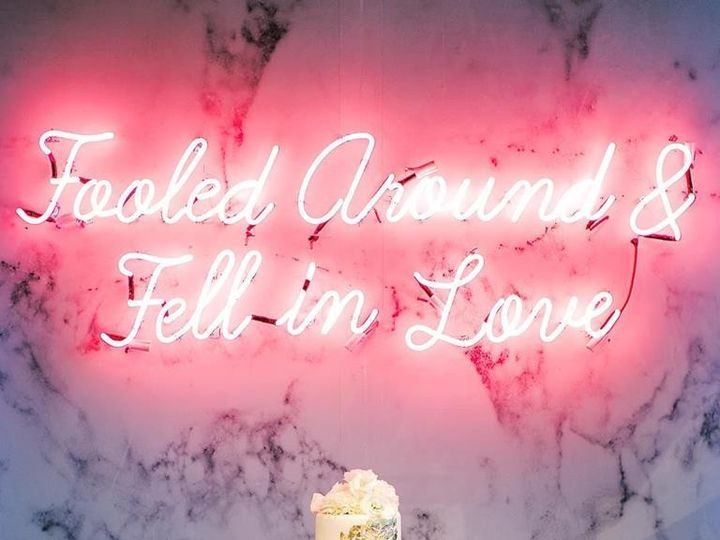 Tmx Geode Wedding Cake With Neon Sign Wedding Cake In Denver Produced By Table 6 Photo Courtesy Rachel Havel Photography 51 8845 158482495095951 Littleton, Colorado wedding cake