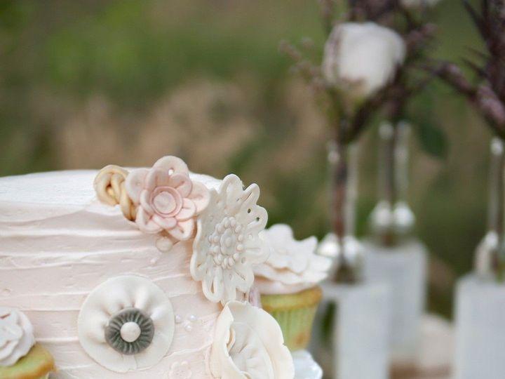 Tmx Vintage Woodlands Styled Shoot Fototails Jeanine Thurston Photography I0001 Big 51 8845 158482449145463 Littleton, Colorado wedding cake
