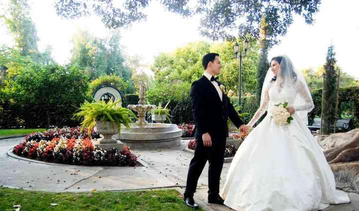 Unique Wedding Photography & Video